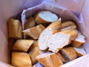 主食はカルフールのバケット一本5元です。流石フランスの企業!丁度いい塩味と程よい硬さでとても食べやすいです。