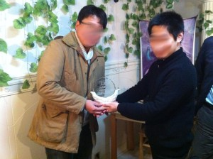 2013年上海ゲーム部で最も多くの勝利点を獲得した証であるトロフィーをTsubasaが獲得しました。成績は1位113PでTsubasa、2位が109PでK、3位が81PでO教授となっています。