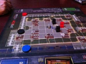 進撃の巨人捕食編:中国オリジナルゲームです。正体隠匿型のサバイバルゲームです。結構良く出来ていて、面白いですよ。