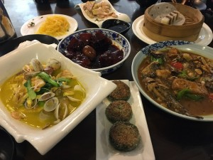 中華紀行【8大菜系をめぐる旅】②:8大菜系全29種類の小菜系が中国にはあると言われております。今回は第二回目!崇明島の【麦盛莉生態菜館】に行ってまいりました。田舎料理なのでごった煮が多く、勿論旨かったのですが問題はこれもまた29の菜系とは違うということです!次回こそはぜひ!