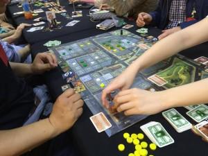 チャイナタウン:アメリカを舞台にチャイナタウンの不動産買収劇を描いたボードゲームです。