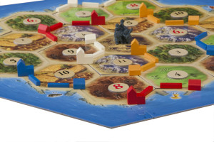 catan_wood_on_board