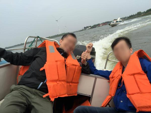 ボートにノリます。: