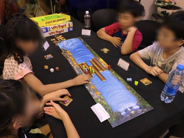 上海KIDS:そして、丁度その時刻、上海ゲーム部のもう一つの顔である、上海に住む日本人の子供達を対象としたボランティア、上海KIDSも開催されていました。